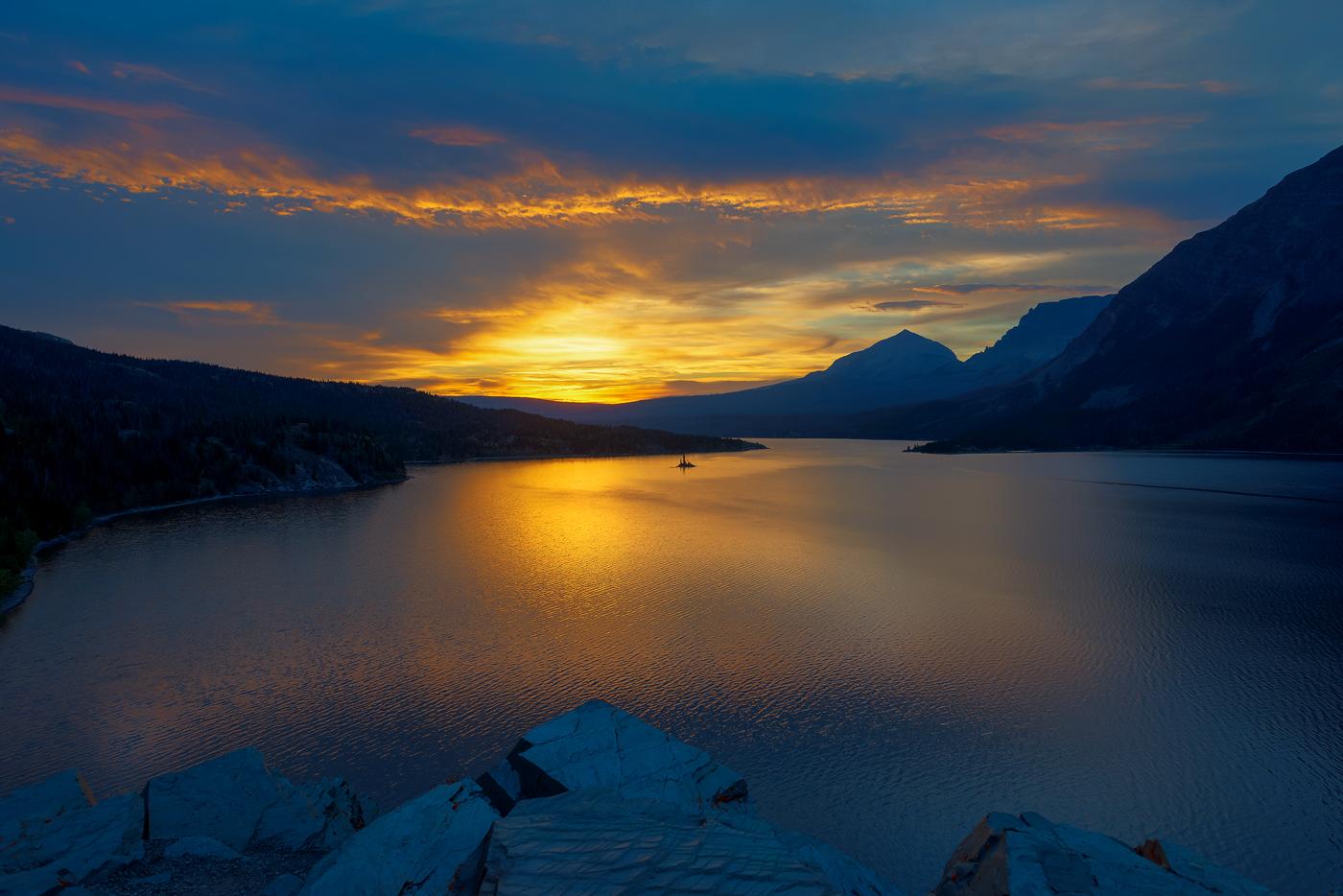 2N_G_golden-dawn